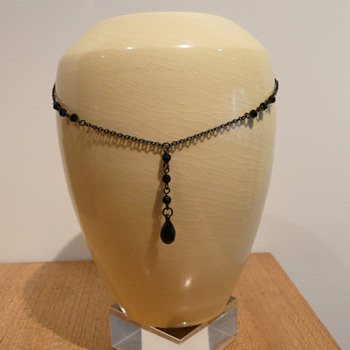 JET NECKLACE - Costume Jewelry