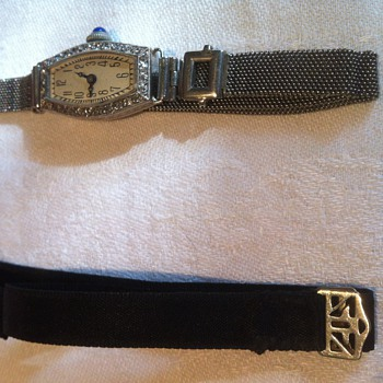 1920' wristwatch with originals bands. - Wristwatches