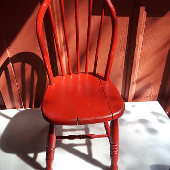 old red painted wooden child's chair - Furniture