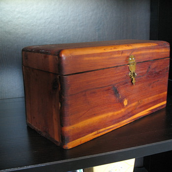 Small Cedar Wood Box - Fine Jewelry