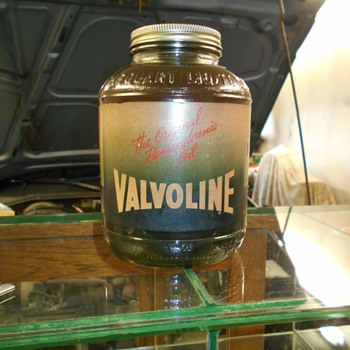 Valvoline WWII ration oil bottle - Petroliana