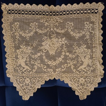 Linens (Lace) - Rugs and Textiles