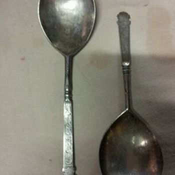 unknown antique spoon - Silver