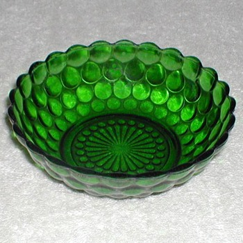 Bubble Pattern Green Glass Bowl - Glassware