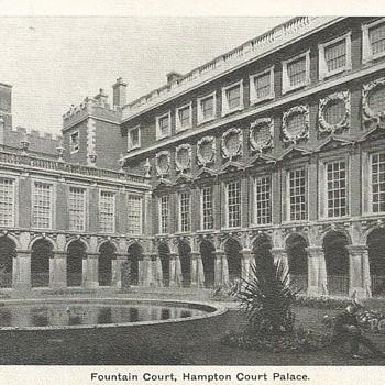 FOUNTAIN COURT, HAMPTON COURT PALACE. - Postcards