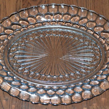 Anchor Hocking Bubble Glass, clear oval plate & dessert dish  - Glassware