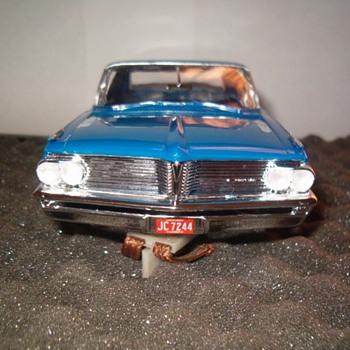 AMT MR B'S PASSIONATE PONCHO DRAG CAR 1/24TH
