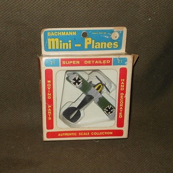 Bachmann Mini-Planes Albatros D-111 1970s - Military and Wartime