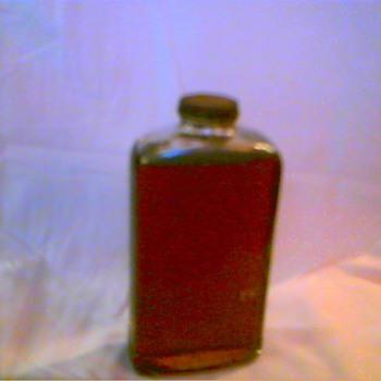 unknown origin bottle of oil - Petroliana