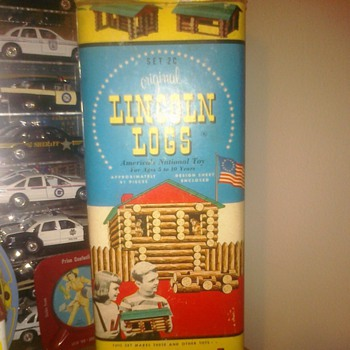 "Set 2C ""Original Lincoln Logs"" 91 Pieces"
