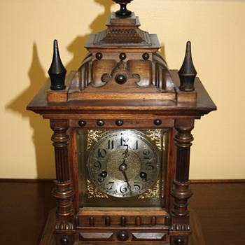 Anyone know about this Ingraham/Wurttemberg clock? - Clocks