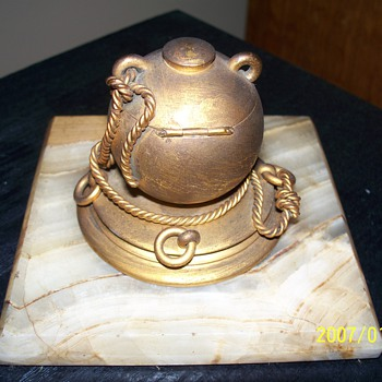 A ship captain's inkwell?