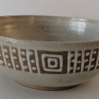 Mystery Pottery Bowl - Asian/Japanese  - Asian