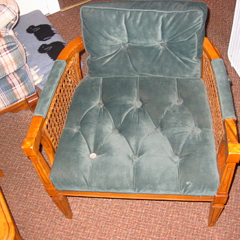 Mid-60's chair, refurbished in velvet - Furniture