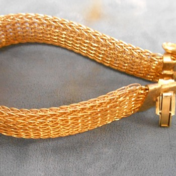 Weird panther bracelet ? with cufflink-style clasp - or is it something else? - Costume Jewelry