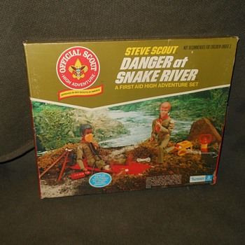 Kenner Steve Scout Danger At Snake River High Adventure Set - Sporting Goods