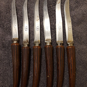 6pc. set of old bakelite handled stainless steel steak knives - Kitchen