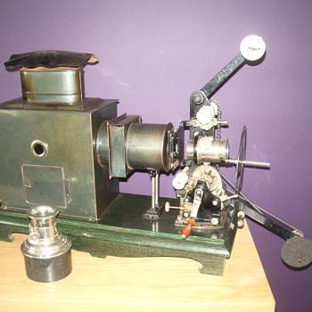 A Bing kinematograph - Cameras