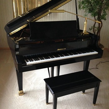 Baldwin baby grand piano  - Musical Instruments