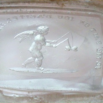 "GEORGIAN CHERUB GLASS WAX SEAL INTAGLIO WITH FRENCH MOTTO ""JE ME FAIT UN JEU D'AGITER LES COEURS"" - Office"