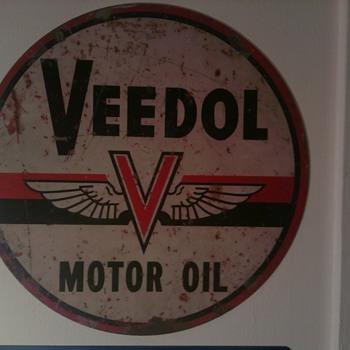Veedol Motor Oil - Petroliana