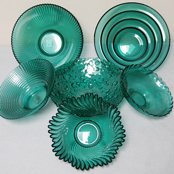 Set of Teal Glass Bowls_Made in Lithuania - Glassware
