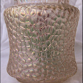 KRALIK TULIP VASE continued  - Art Glass