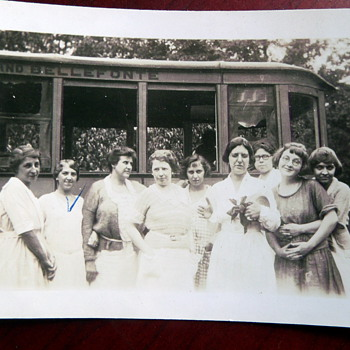 Old photograph of Lewistown and Bellefonte, PA. bus line - Photographs