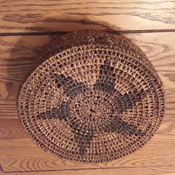 Indian sewing basket - Furniture