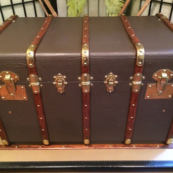 French Trunk- Lavoett'e ( Five banded around 1920's - Furniture