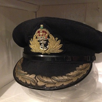 WWII British Royal Navy Captains Visor Cap, made by Gieves