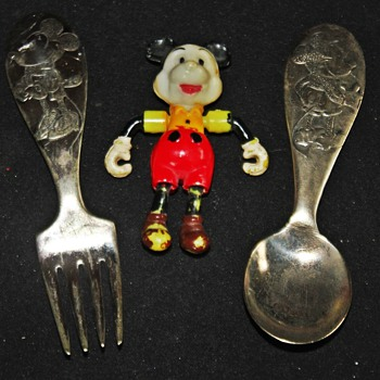 Fork & Spoon / Jointed Mickey Mouse