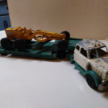 Hubley Truck, Lowboy Trailer and Road Grader Set - Model Cars