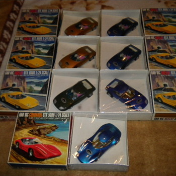 60's gar vic sealed slot cars - Model Cars