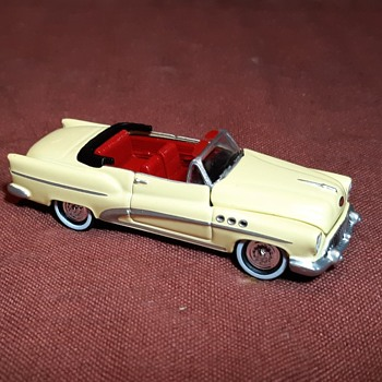 "Johnny Lightning 50s and Fins 1953 ""Super"" Convertible 1/64 Scale - Model Cars"