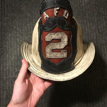 HELP. Need info and a time this helmet could of been manufactured. - Firefighting