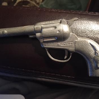 """Hubley texan 6"""" cap gun - Toys"""