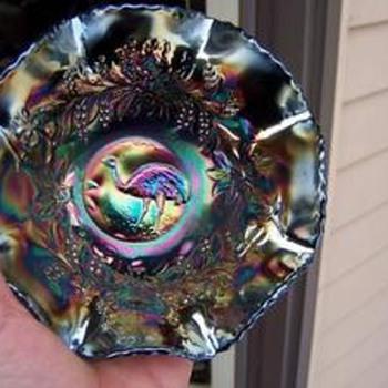 Emu nappy Bowl - Amethyst - Glassware