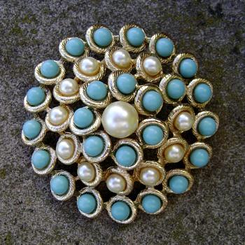 Vintage Emmons Brooch - Costume Jewelry