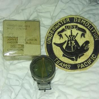 1956 U.S.N. Buships Wrist Compass  - Military and Wartime