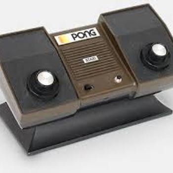 1981 vintage Atari pong gamebox