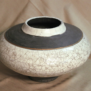 Large Wide Raku White Crackle Glazed Pot