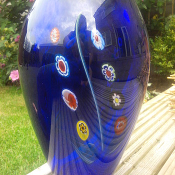 Murano Glass Vase. - Art Glass