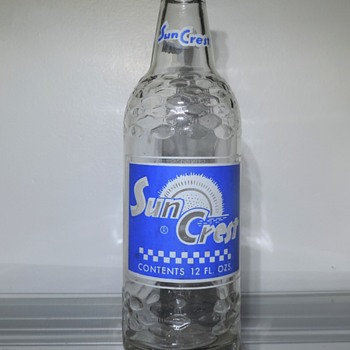 1965 Sun Crest Soda Bottle Jeannette Pennsylvania ACL Glenshaw Glass Clear 12 Ounces Smeltzer Bottling Company - Bottles