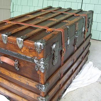 One Mans Trash... - Furniture