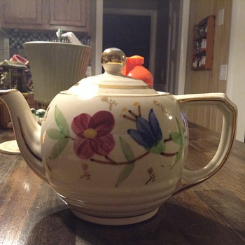 Floral Teapot with Gold Trim - Kitchen