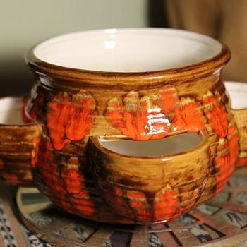 Signed California Pottery 1979 Strawberry Pot - Pottery