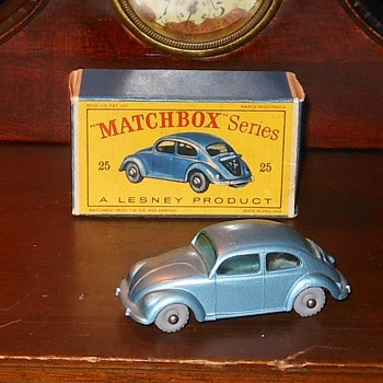 Matchbox 25B Volkswagen Sedan - Model Cars
