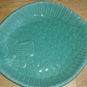 Fishtray by Krukmakaren Höganäs Sweden - Pottery