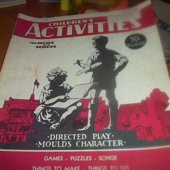 1942 MAGAZINE - Books